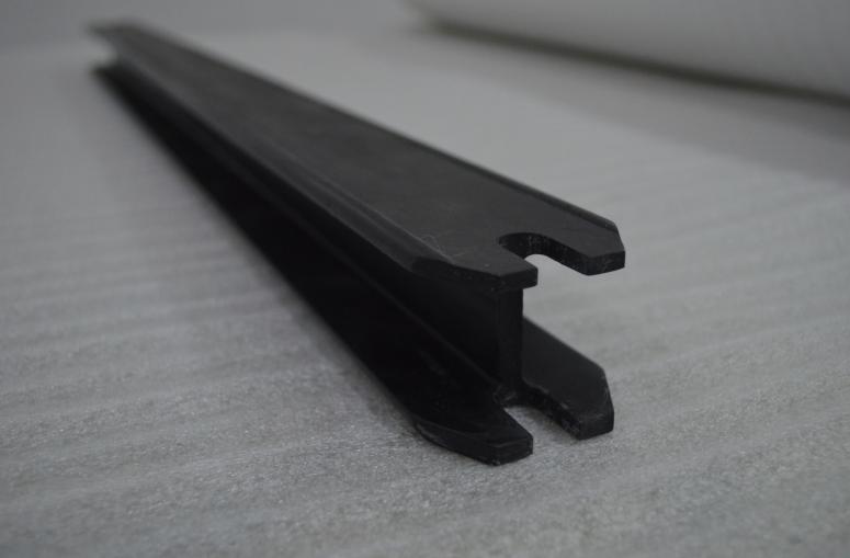 碳纤维高铁车厢渡板