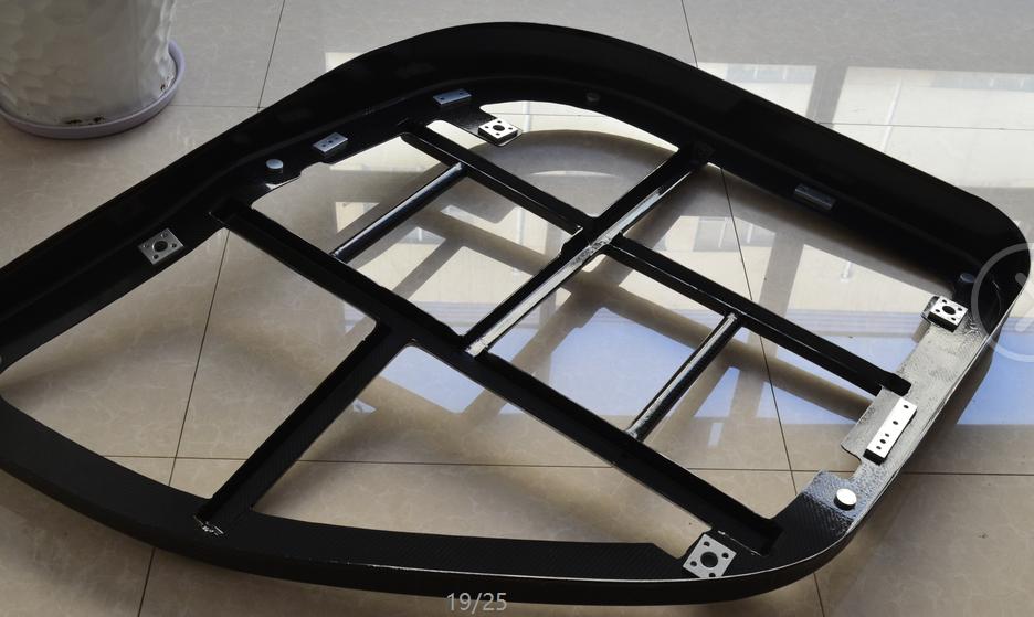 <b>耐高温阻燃性碳纤维汽车车门架</b>