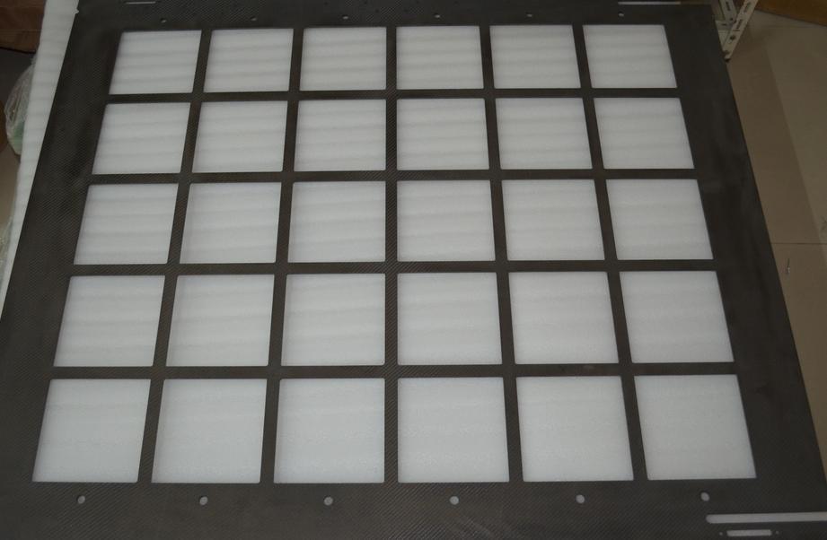 耐高温型碳纤维载板在光伏产业的应用优势