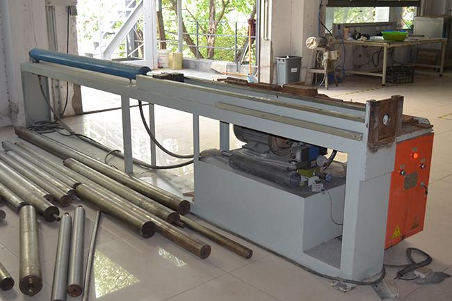 碳纤维生产设备——脱模机