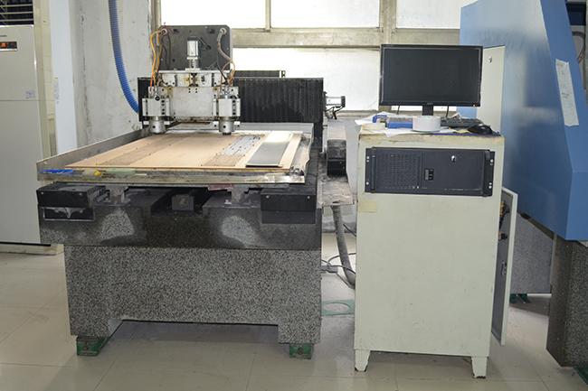 碳纤维生产设备——雕刻机