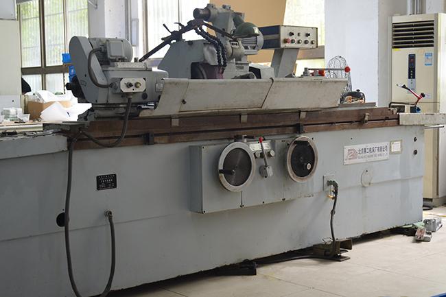 碳纤维生产设备——粗加工机床