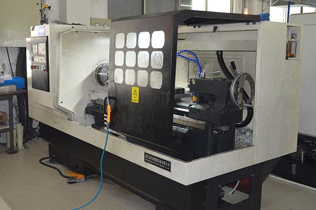 碳纤维生产设备——CNC机床1