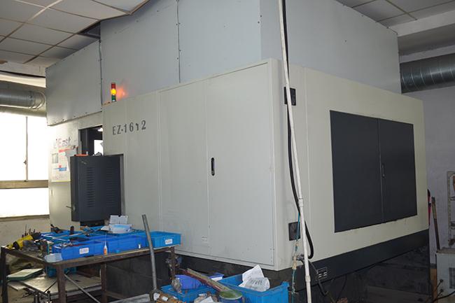 碳纤维生产设备——卧式加工中心