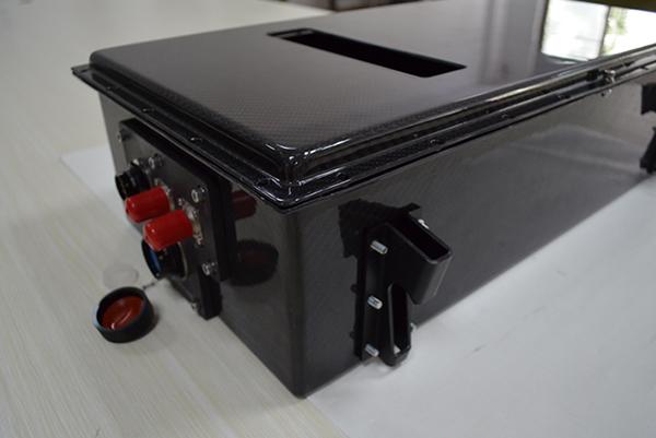 新能源汽车碳纤维电池箱体