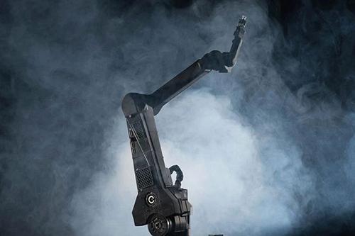 碳纤维方管制成机械臂如何保证质量?