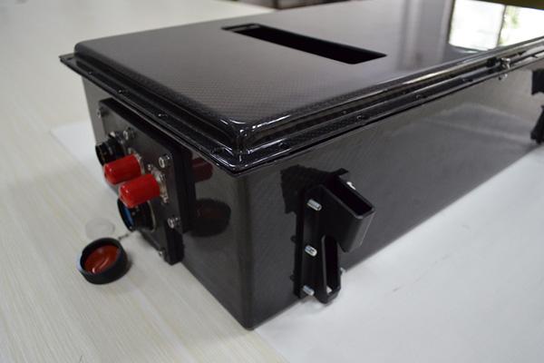 新能源汽车碳纤维动力电池箱体