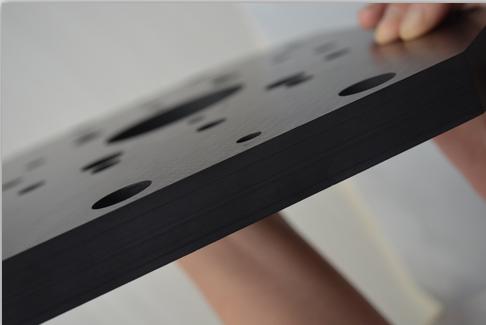 碳纤维板能做到1cm厚吗?