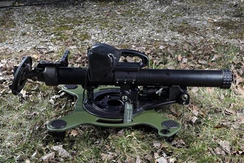 用碳纤维做迫击炮炮筒可行吗?