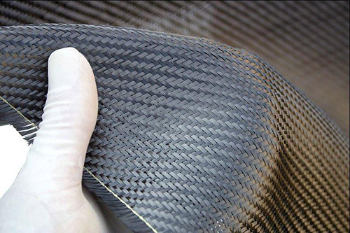 自己做碳纤维板的可行性高吗?
