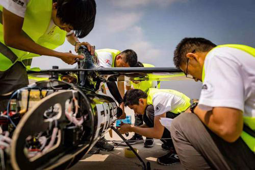 北航研发新款碳纤维无人机,续航破世界纪录